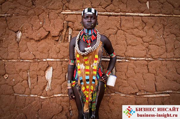 Хамар. Женщина в традиционном платье