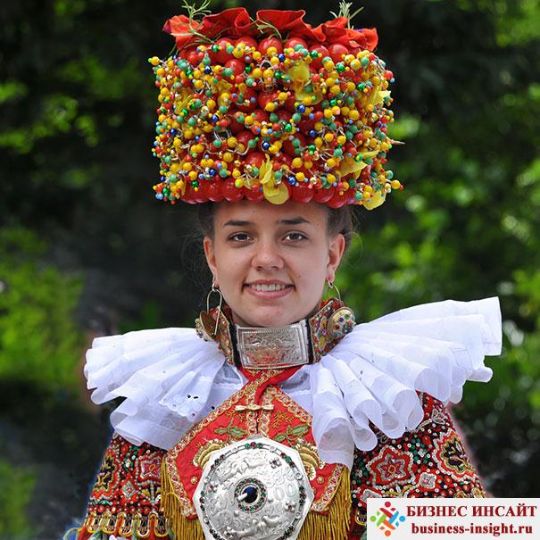 Традиционный костюм невесты из Шаумбург-Липпе, Германия