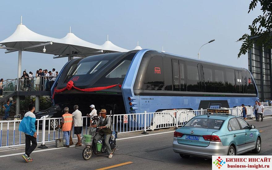 Автобус, который ездит над пробками