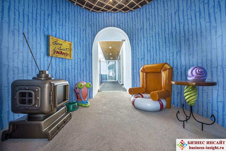 Тематическое оформление гостиницы в стиле Губка Боб Квадратные Штаны