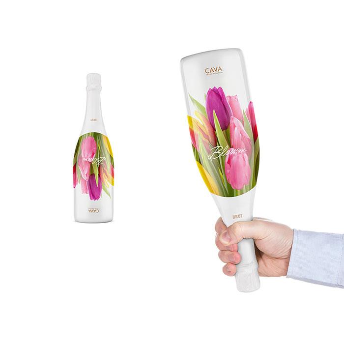 105. Бутылка вина с цветочной этикеткой