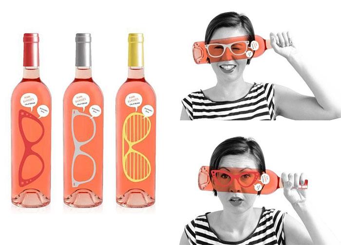 157. Бутылка с розовыми очками