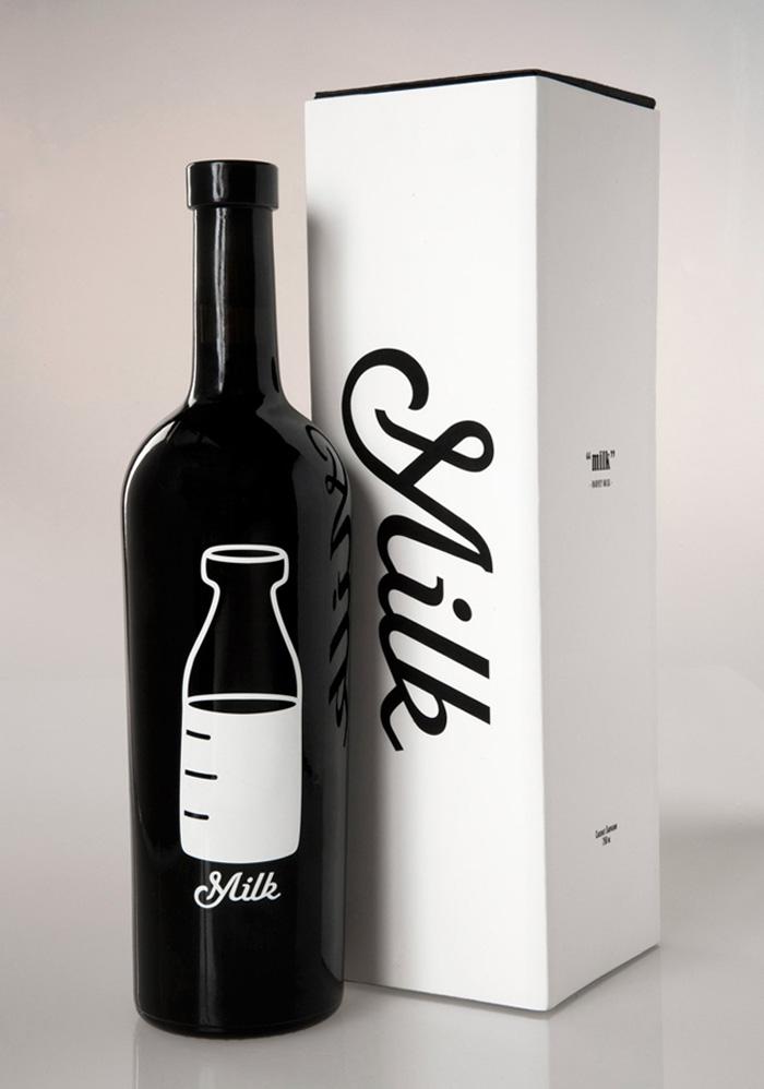 180. Бутылка молока, похожая на бутылку вина
