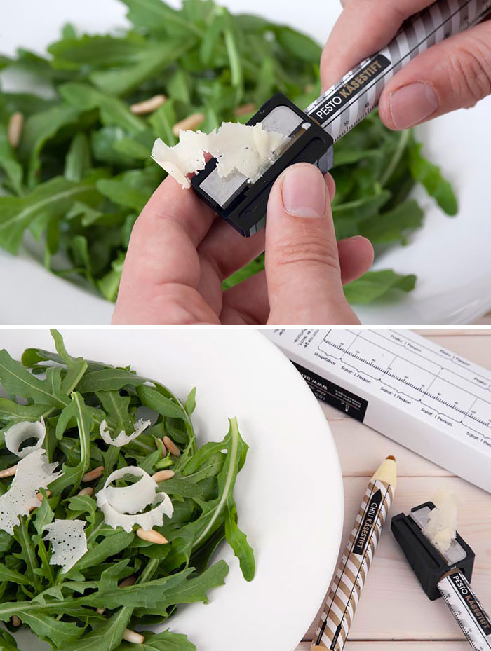 22. Сыр пармезан в виде карандаша